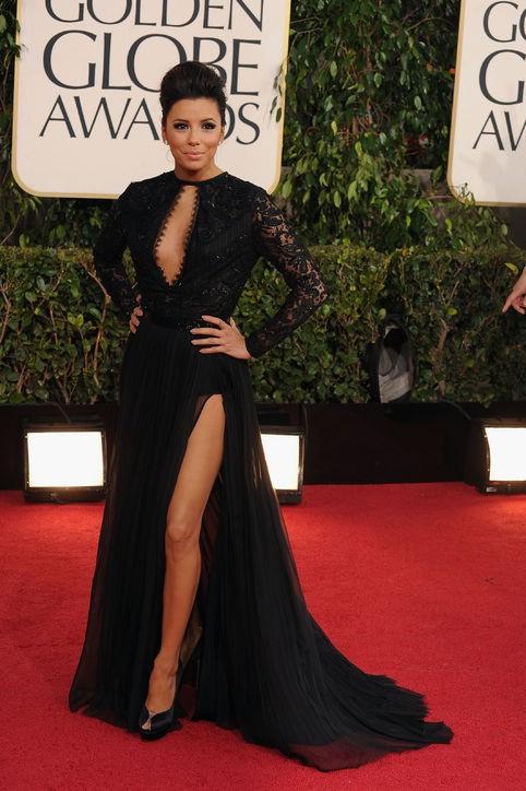 Элегантная прическа черное платье