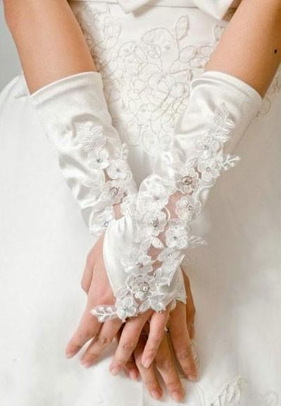 Модные женские перчатки 2013