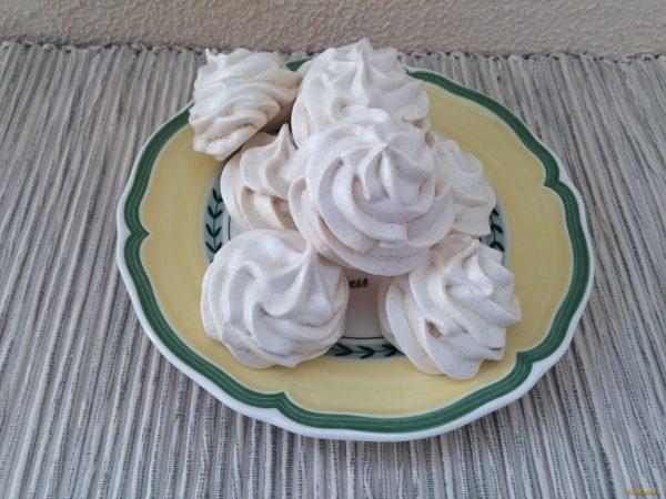 Французские меренги - десерт для гурманов