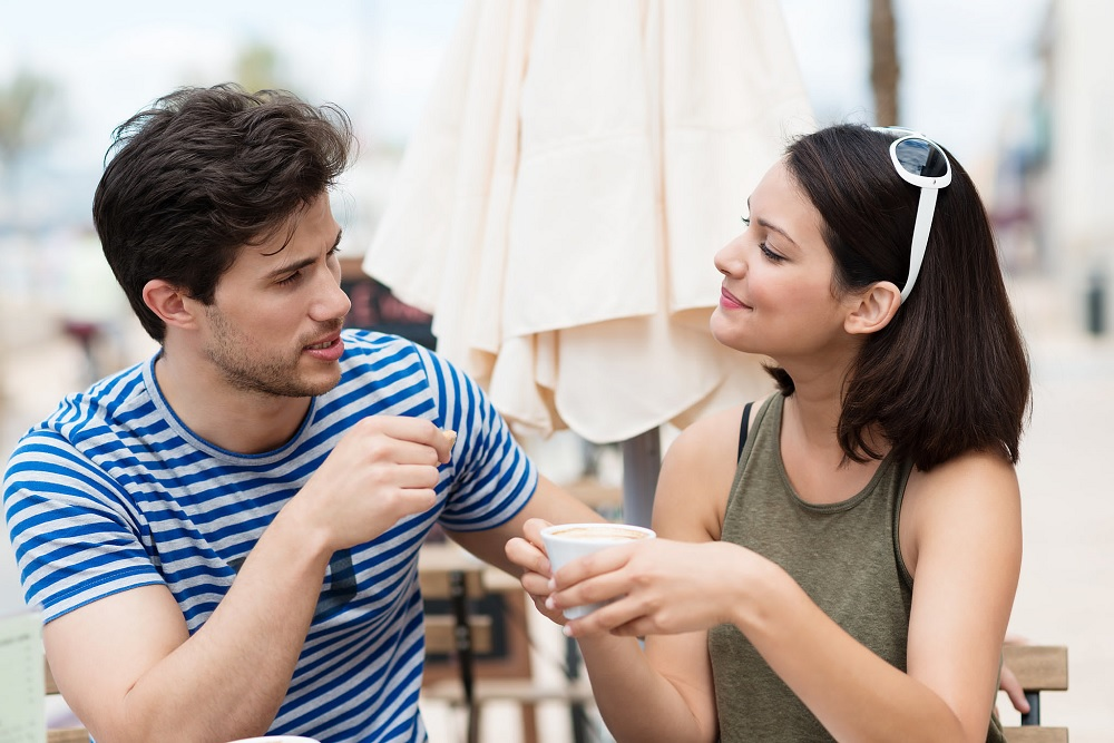 Как узнать, разведен человек или нет?