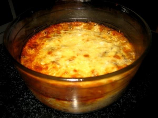 Картофельная запеканка с рыбой и грибами в духовке