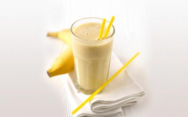Коктейль молочный банановый