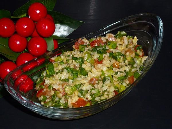 салат с крупой и свежей мятой