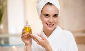Очищение гидрофильным маслом