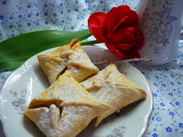 Пирожки с лимоном и корицей